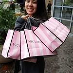 Lisa - Victoria Secret shopping